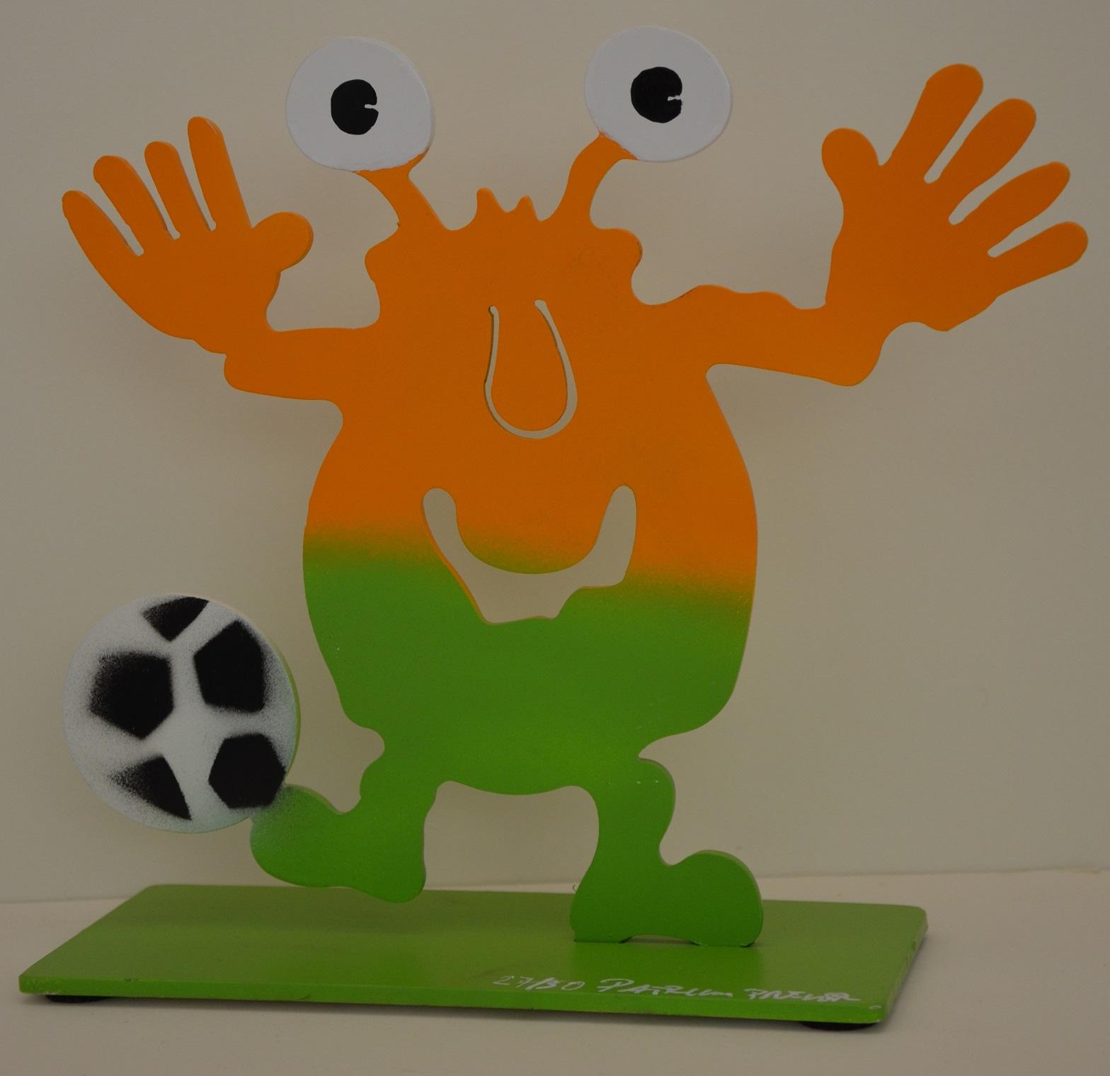 Monster mit Fußball