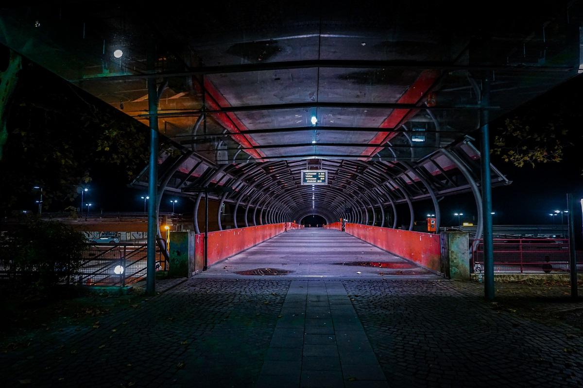 Uni Bielefeld bei Nacht