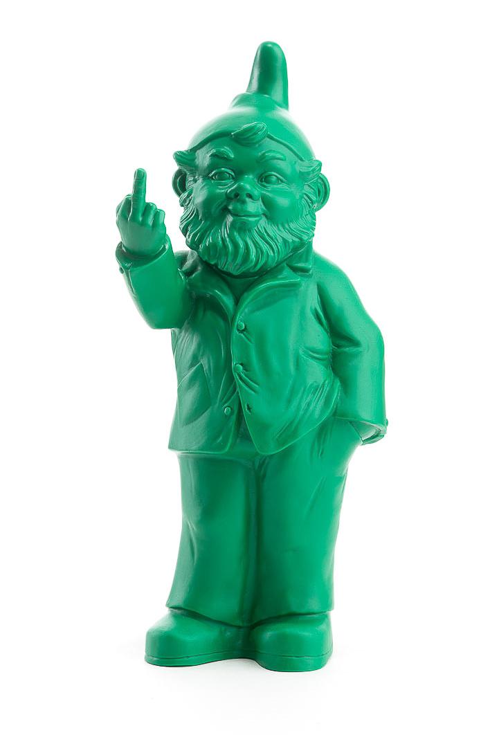Sponti Zwerg grün von Ottmar Hörl mit Stinkefinger