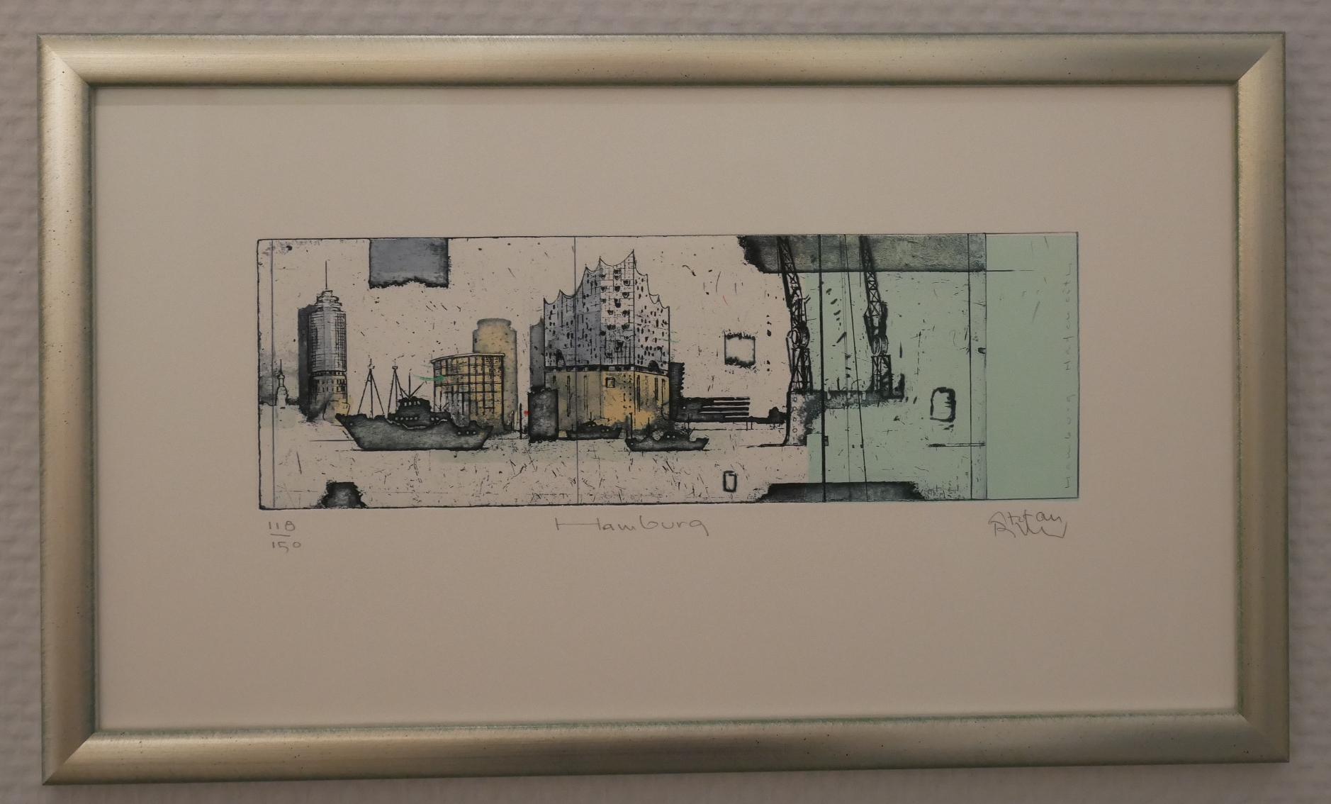 Hamburg Elbphilharmonie und Hafencity, silber gerahmt